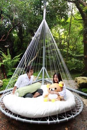 เตียงในสวน แต่งสวน มุมนั่งเย็น