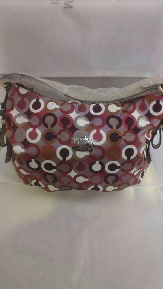 กระเป๋าถือ Coach ราคากันเอง