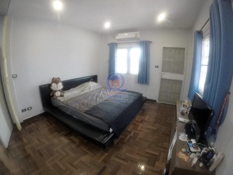 ชั้นบน มีห้องนอน 3 ห้อง Master